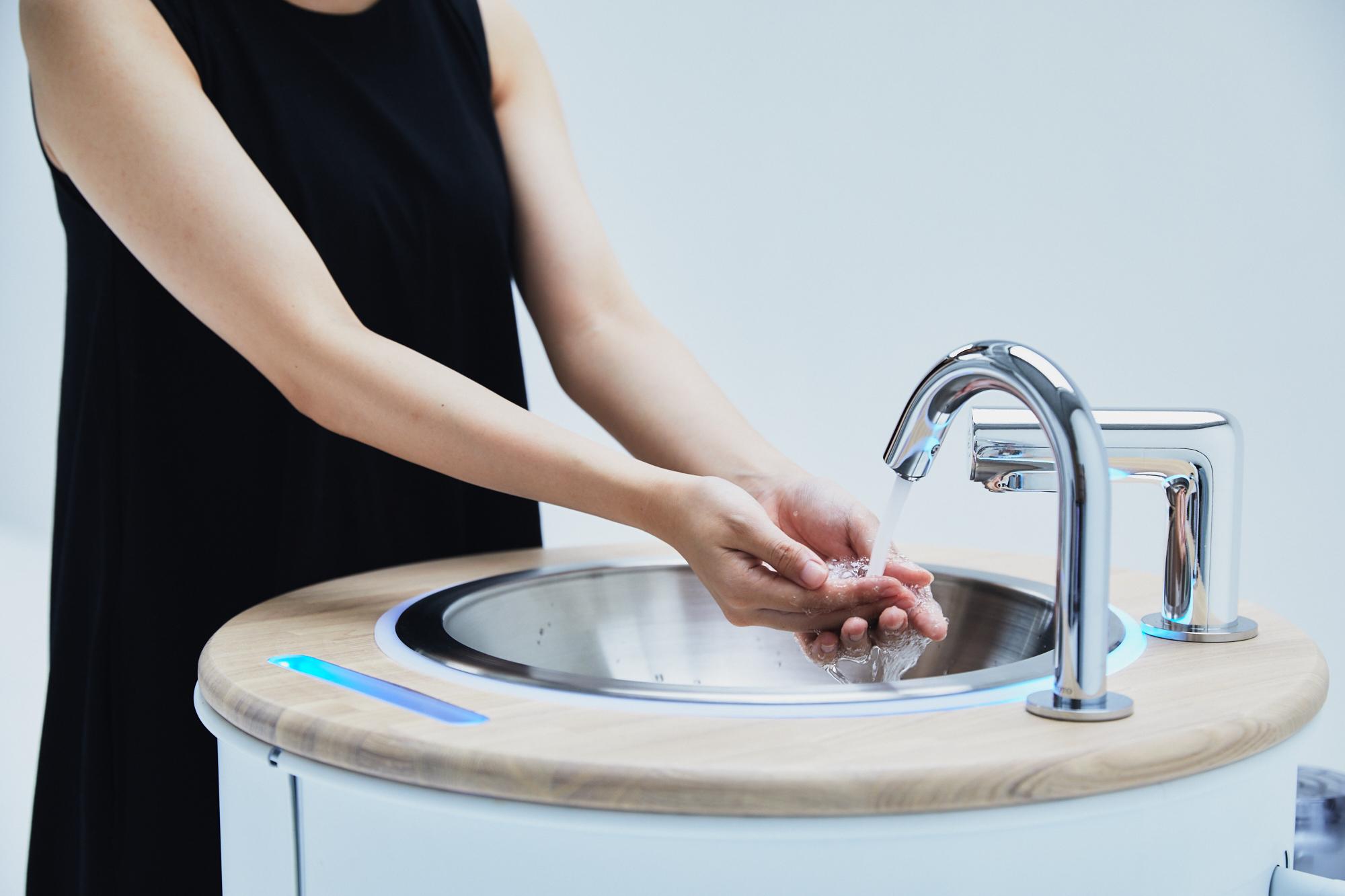 水道いらずの、手洗いスタンド WOSH